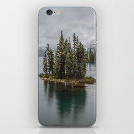 Landscape Maligne Lake Photography | Alberta | Canada iPhone Skin