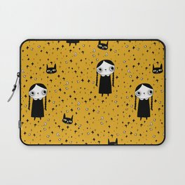 goth girl with her cat Laptop Sleeve