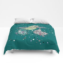 Green possum trio on a branch - Teal Comforters