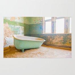 Antique Bathtub in Desert Americana Decor Rug