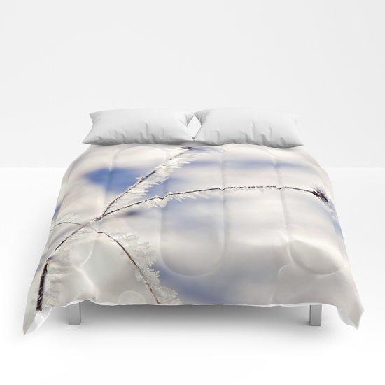 Sparkling hoar frost III Comforters