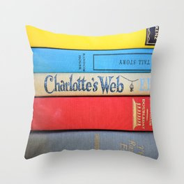 Charlotte's Web - Vintage Book Stack Throw Pillow