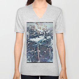Queen Anne's Lace Flower with Sunbeams Unisex V-Neck
