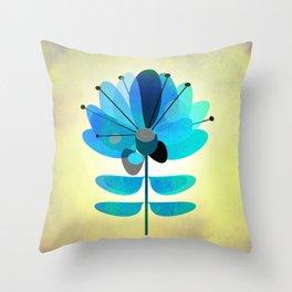 Die Blaue Blume Throw Pillow