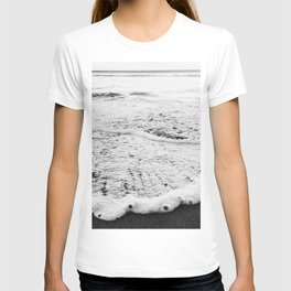 Rushing in - black white T-shirt