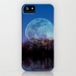 Luna arborum a tergo iPhone Case