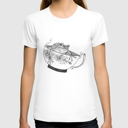 Pacific Northwest Tree Frog Riding in a China Teacup T-shirt