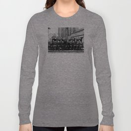 World-Renowned Physicists of 1927 at Solvay Conference Long Sleeve T-shirt