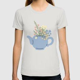Herbal tea and lemons pattern on blue T-shirt