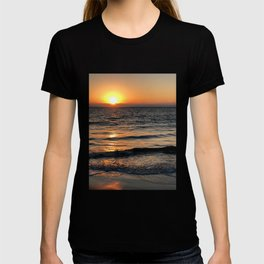 Sunset in the north of Peru - part 1 #eclecticart T-shirt