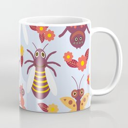 Funny insects Spider butterfly caterpillar dragonfly mantis beetle wasp ladybugs Coffee Mug