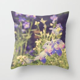 Dreamy moment! Throw Pillow