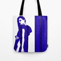 Miranda Kerr: In Blue Tote Bag