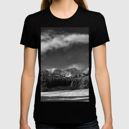 Rocky Mountan Park in Black and White T-shirt