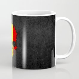 Flag of Romania on a Chaotic Splatter Skull Coffee Mug