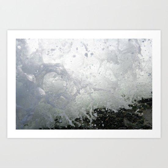 Wave crashes Art Print