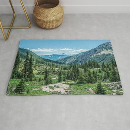 Colorado Wilderness // Why live anywhere else? Amazing Peaceful Scenery with Evergreen Dusted Hills Rug