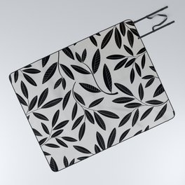 Black & White Plant Leaves Pattern Picnic Blanket