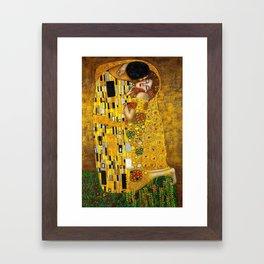 The Kiss Painting Gustav Klimt Framed Art Print