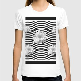 Black & White Water Lilies Water Garden T-shirt