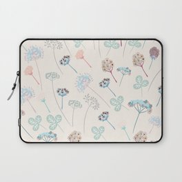 Beautfiul floral vector pattern with rustic flowers Laptop Sleeve