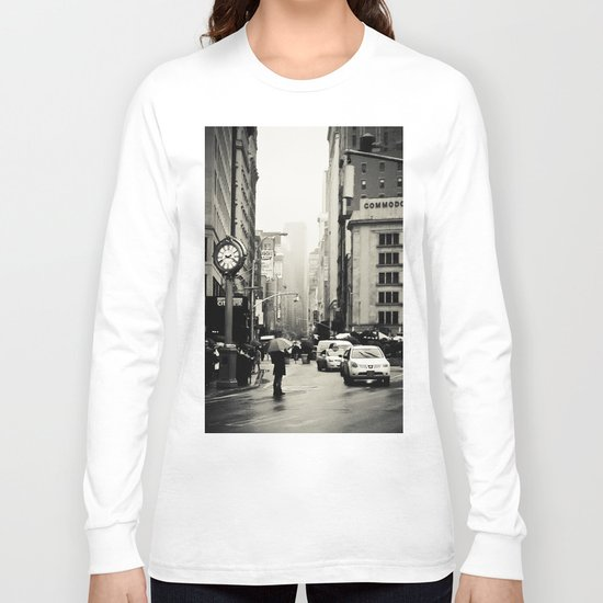 New York City - 5th Avenue in the Rain Long Sleeve T-shirt