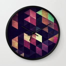 0012 // CARNY1A Wall Clock
