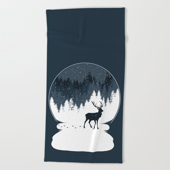 Boule à Neige Beach Towel