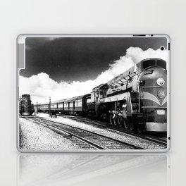 CN Trains pulling Royal Tour cars -Trains du CN tirant les voitures de la tournée royale  Laptop & iPad Skin