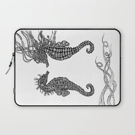 Seahorses love Laptop Sleeve