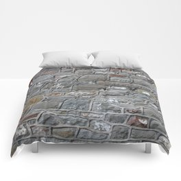 The Old Pub Wall Comforters