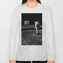 Buzz Aldrin and the U.S. Flag on the Moon Long Sleeve T-shirt