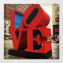 Love Sculpture - NYC Canvas Print
