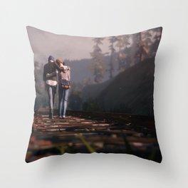 Life Is Strange 11 Throw Pillow