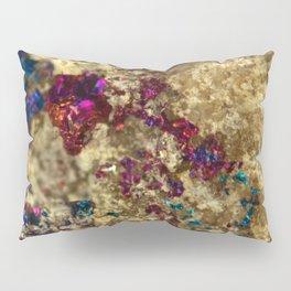 Golden Oil Slick Quartz Pillow Sham