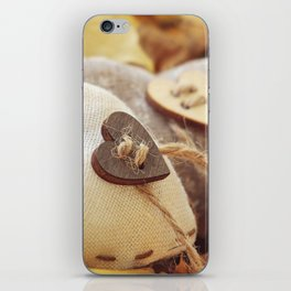 Hearts | Coeurs iPhone Skin