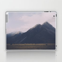 Vintage Mountain 16 Laptop & iPad Skin
