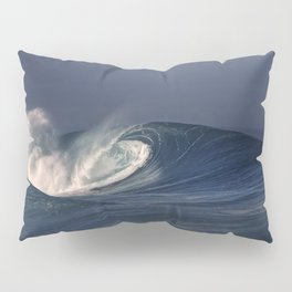 Winter Waves At Pipeline 25 Pillow Sham