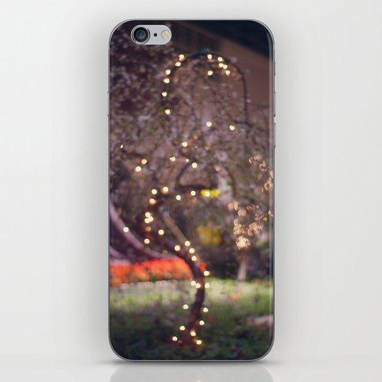Queen's Tree iPhone & iPod Skin
