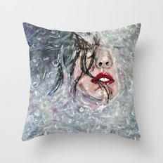 SOUS L'EAU Throw Pillow
