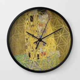 The Kiss - Gustav Klimt - Golden Flower Of Life Wall Clock