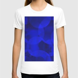 Abstract soap of ultramarine molecules and transparent bubbles on a deep blue background. T-shirt
