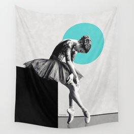The dancer ... Wall Tapestry