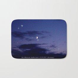 Mond am Südhorizomt. Bath Mat