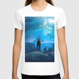 20,000 Leagues Under the Sea (SQUARE) T-shirt