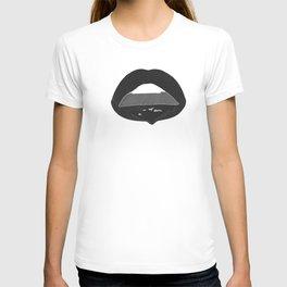 black dripping lips T-shirt