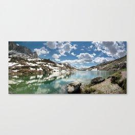 Winter's Retreat Canvas Print