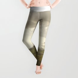 Wind Swept Tree Leggings