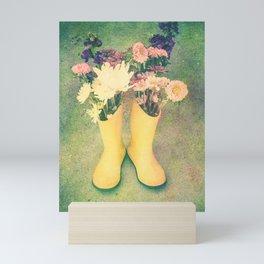 Das boots Mini Art Print