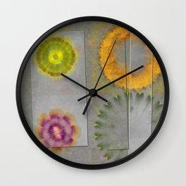Quaternary Strategy Flowers  ID:16165-142241-78321 Wall Clock